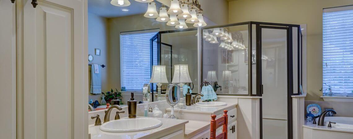 6 Quick and Easy Bathroom Decorating Ideas